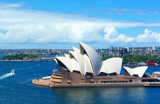Top 5 Courses in Australia